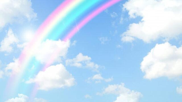 虹のかかった青空